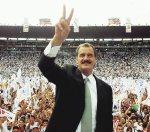 Vicente Fox en su campaña polìtica desde el Estadio Azteca