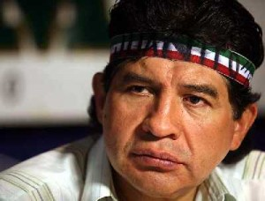 Juanito con su inconfundible banda en la cabeza