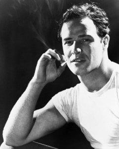 Marlon Brando en Un Tranvía Llamado Deseo (1951)